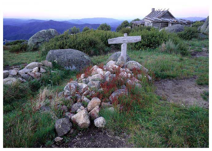 craigs-hut-and-grave